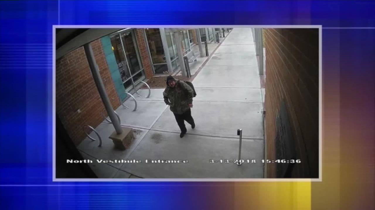 Man spotted using library card stolen from girl