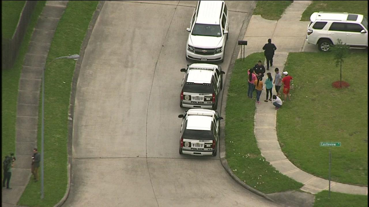 Child running across street hit by bus in Baytown