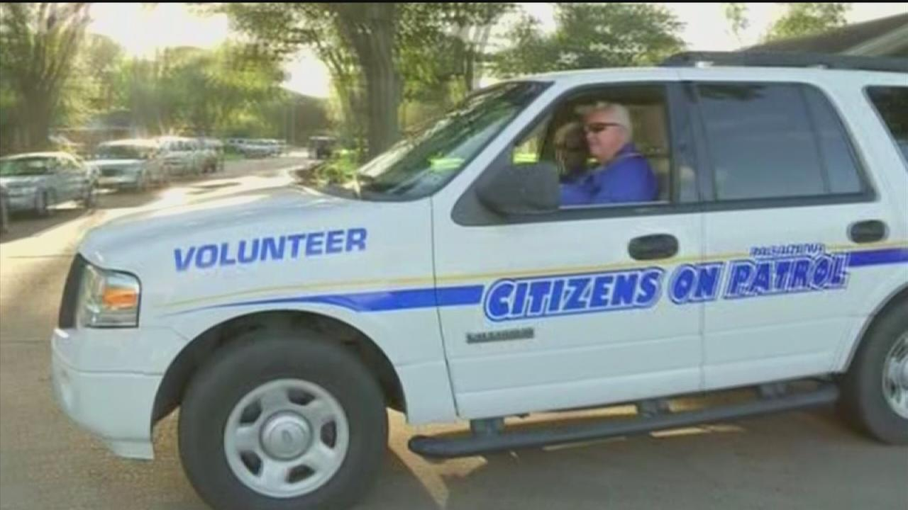 Police give residents first-hand look at their jobs