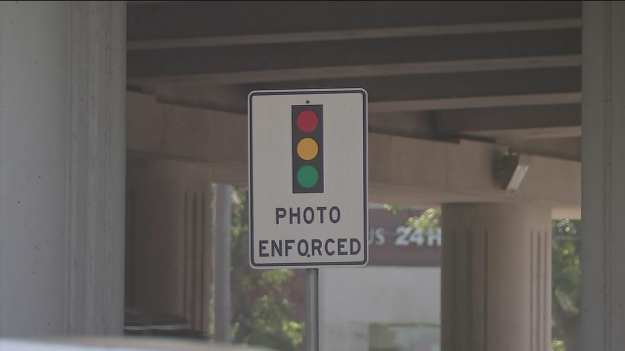 Red light cameras part of new scam in Ft. Bend County