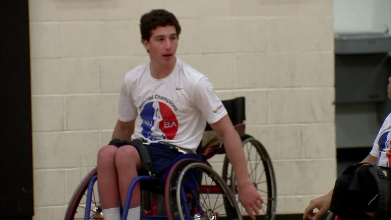 Brothers help lead wheelchair basketball team