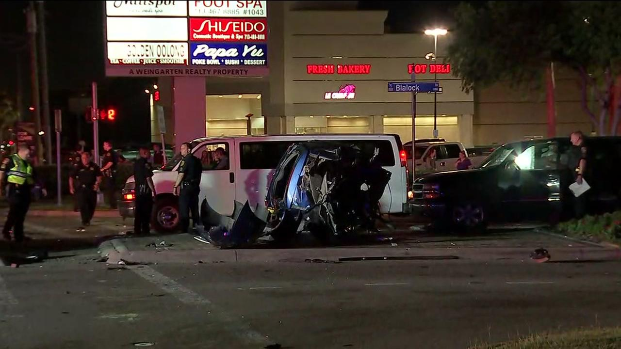 Chase ends in crash in west Houston