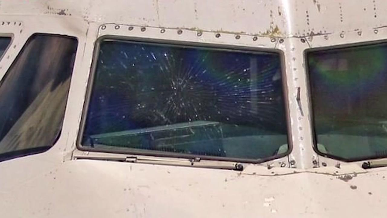 Jetblue flight diverted due to cracked windshield