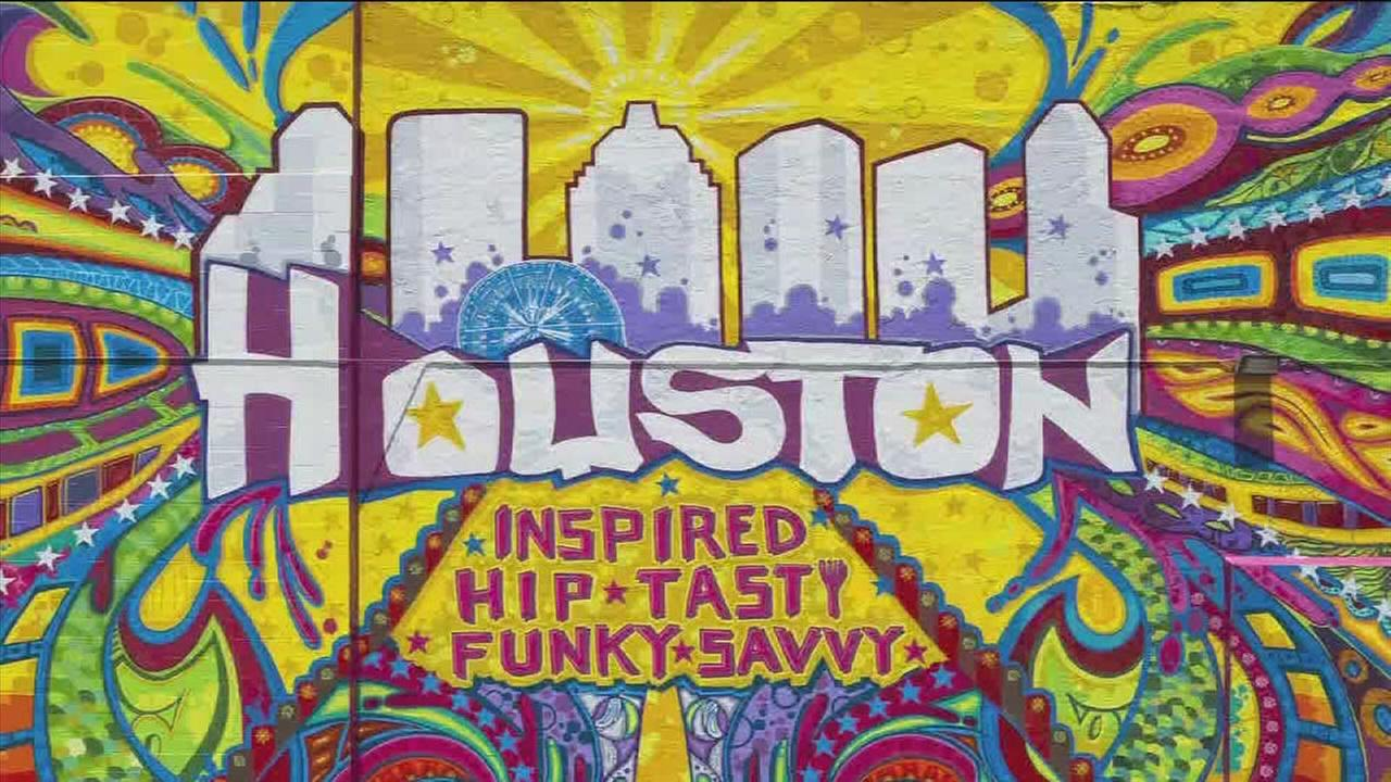 Houston graffiti artist transforms citys street art