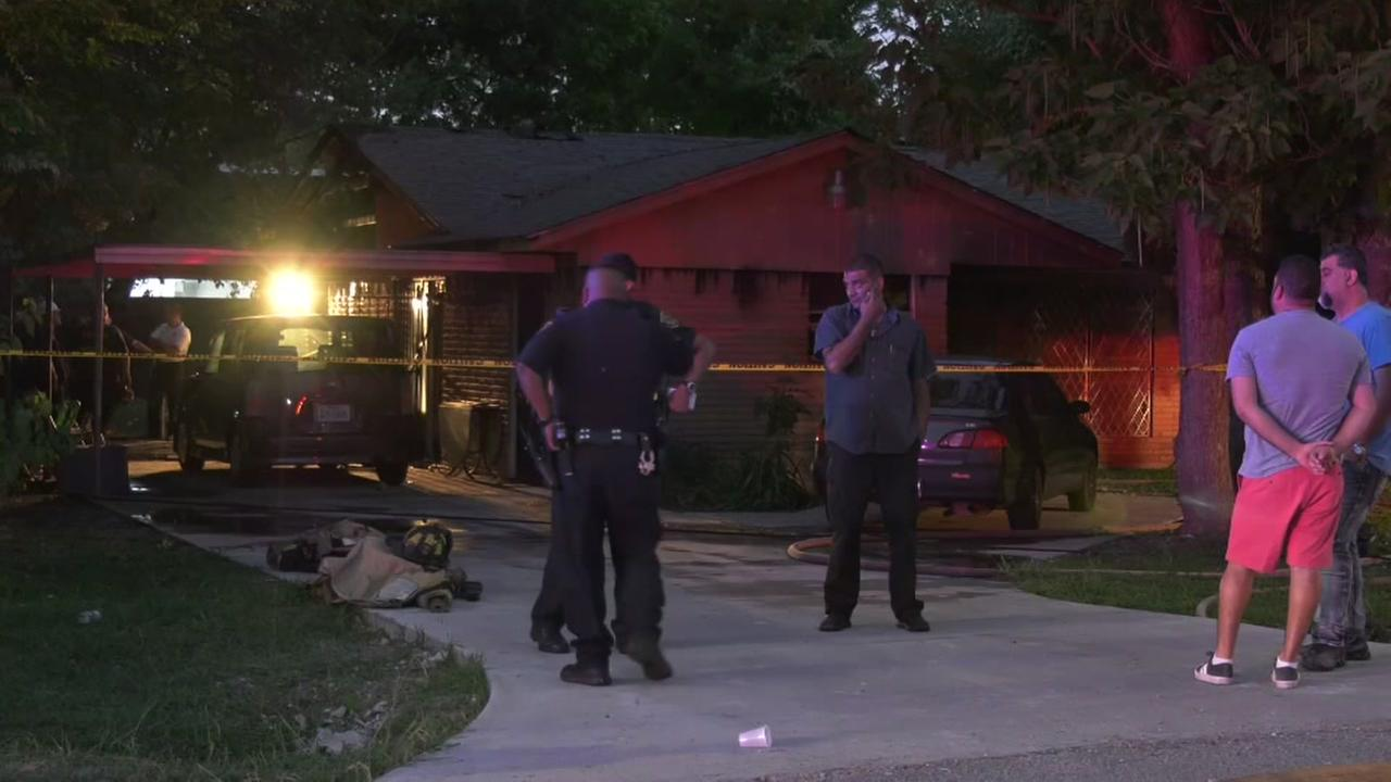 Body found after house fire in SW Houston