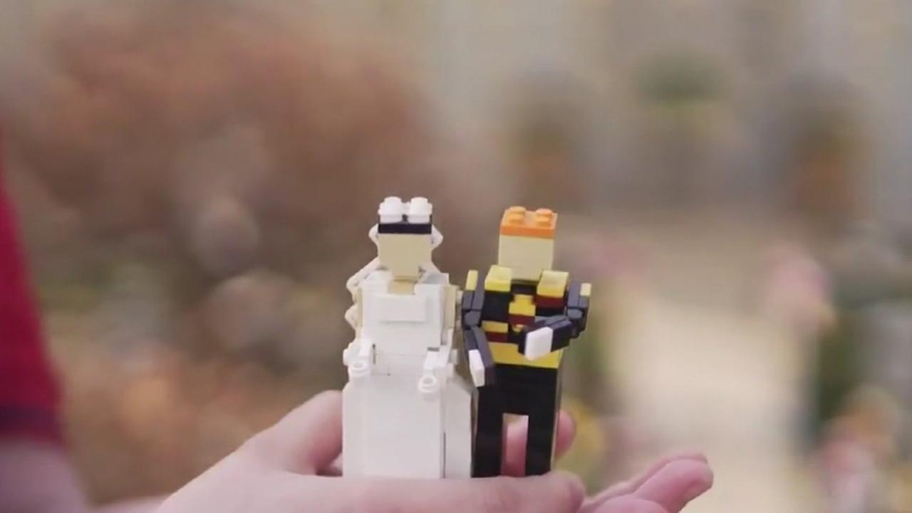 Royal wedding created with Legos