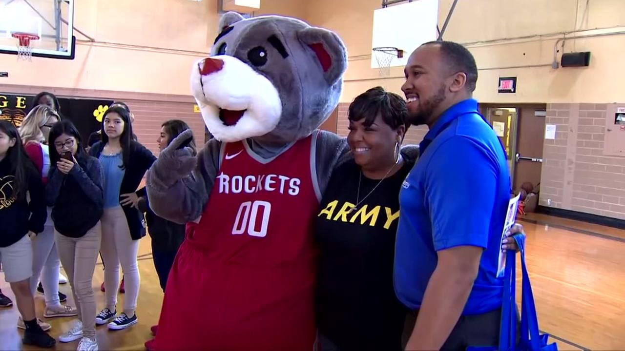 HISD teacher surprised with Rockets playoff tickets