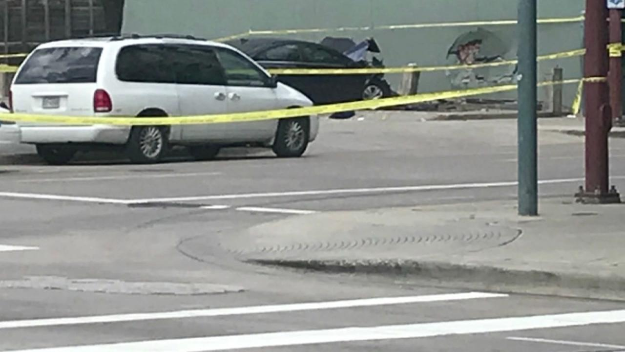 1 pedestrian dead in fatal crash in downtown Houston, police say