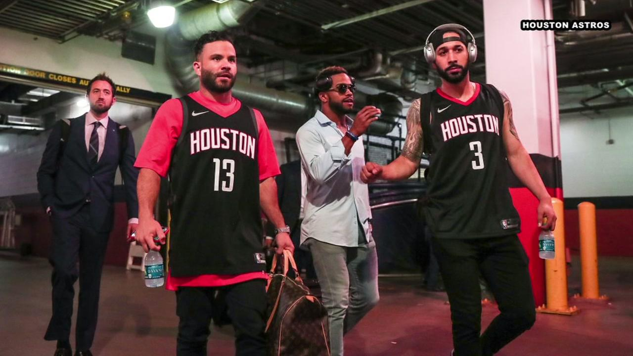premium selection 5f319 0d98e H-TOWN PRIDE! Astros head off to Los Angeles wearing Rockets ...