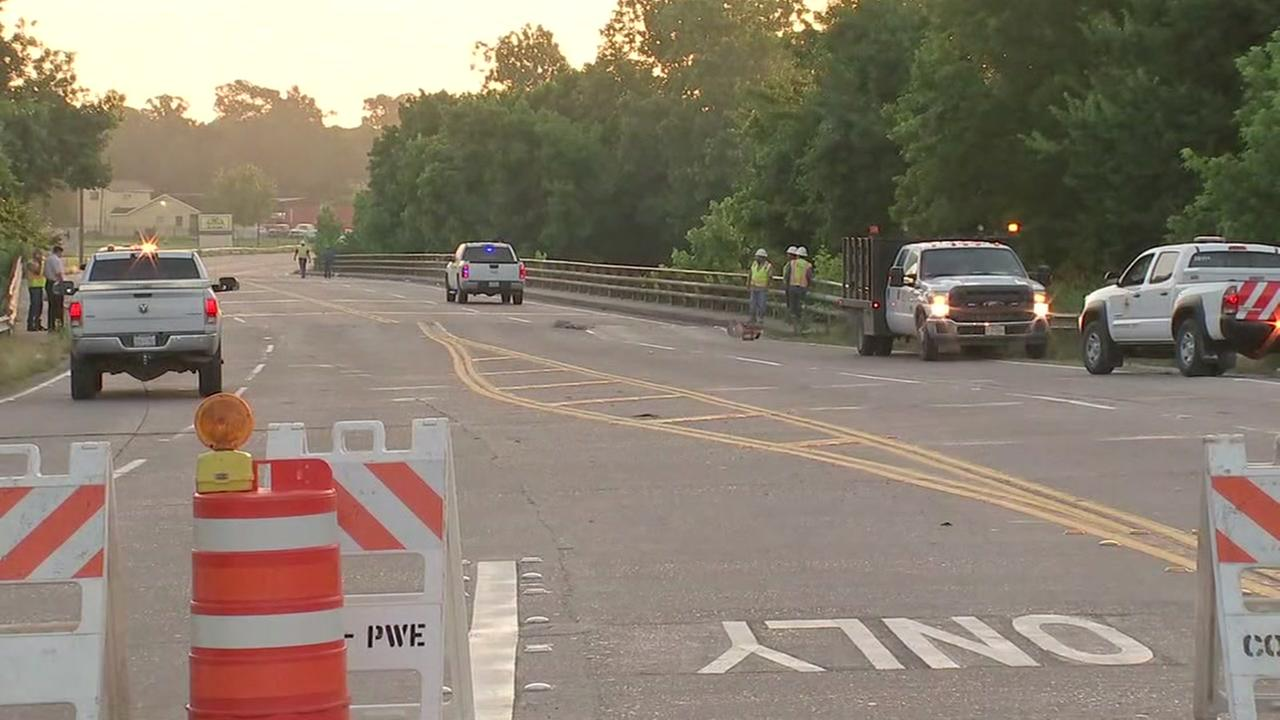 Bridge over Greens Bayou damaged by buckling