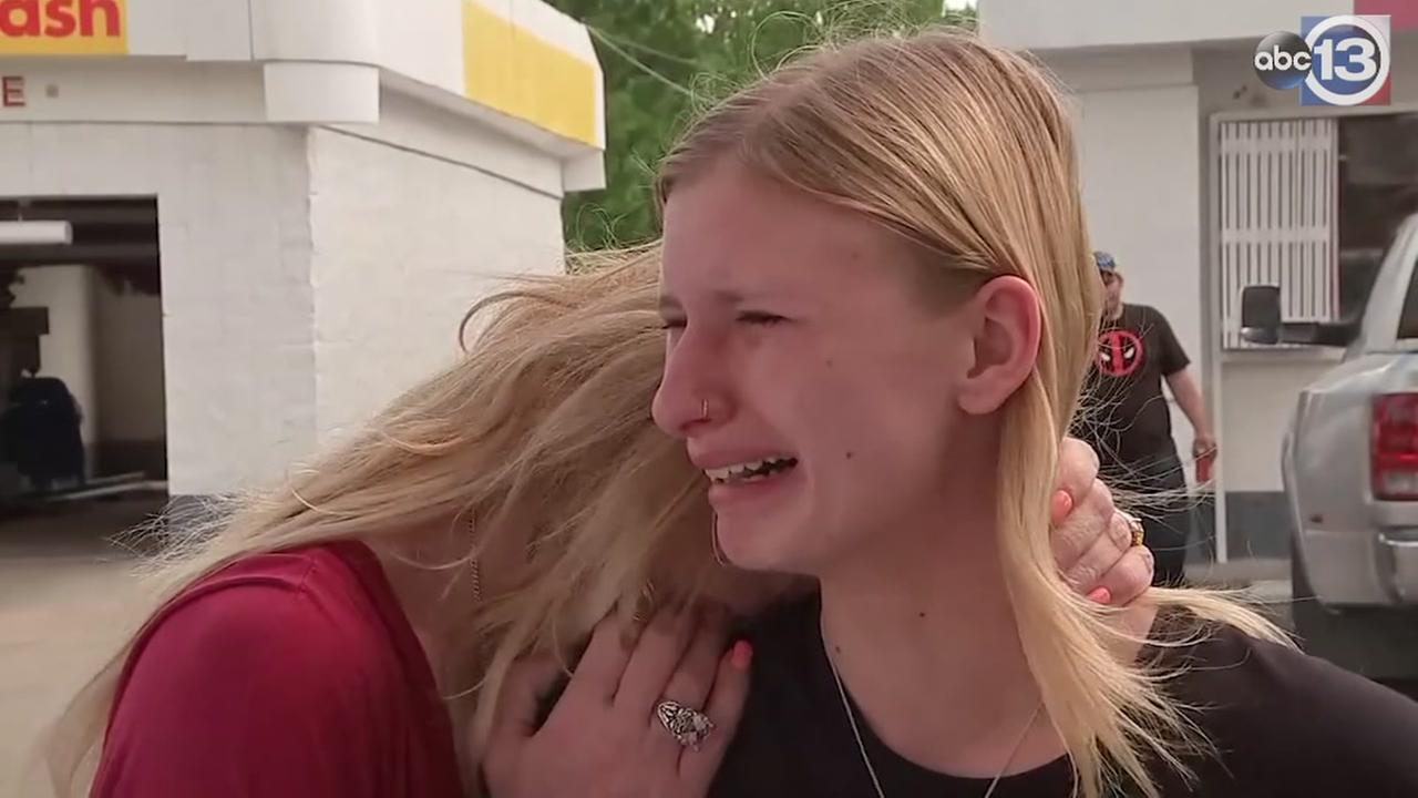 Students and parents react to Santa Fe HS shooting