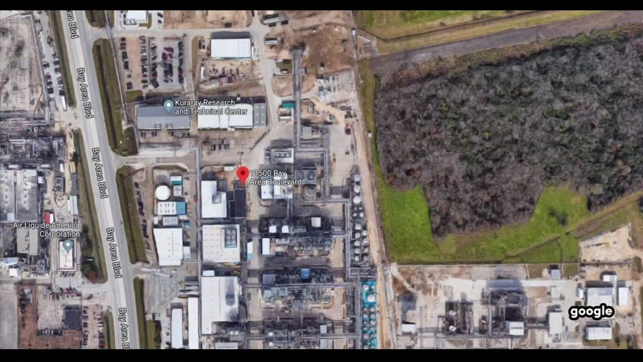 Explosion reported at plant in southeast Harris County