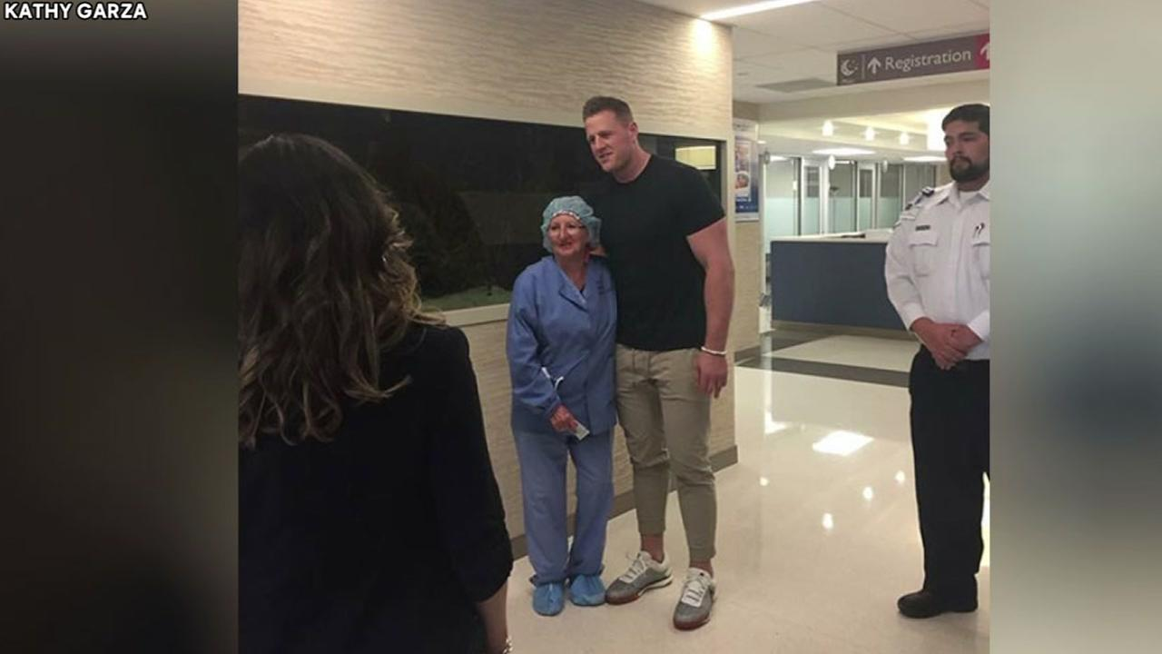 J.J. Watt visits Santa Fe shooting survivors and nurses at hospital