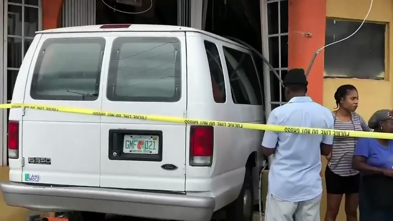 Van crashes into restaurant