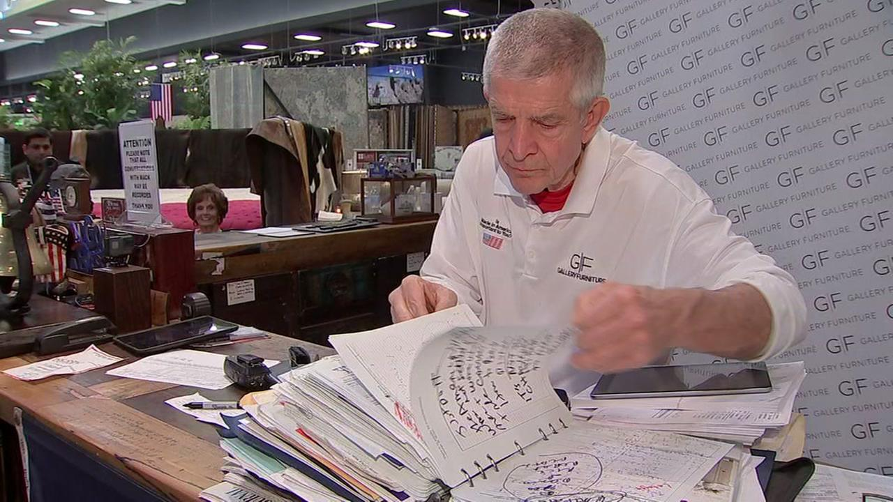 Mattress Mack hosts Memorial Day event to honor those who served