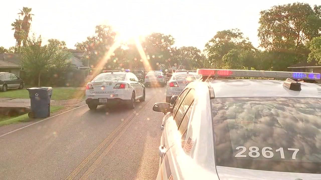 Neighbor shot trying to stop attempted home invasion
