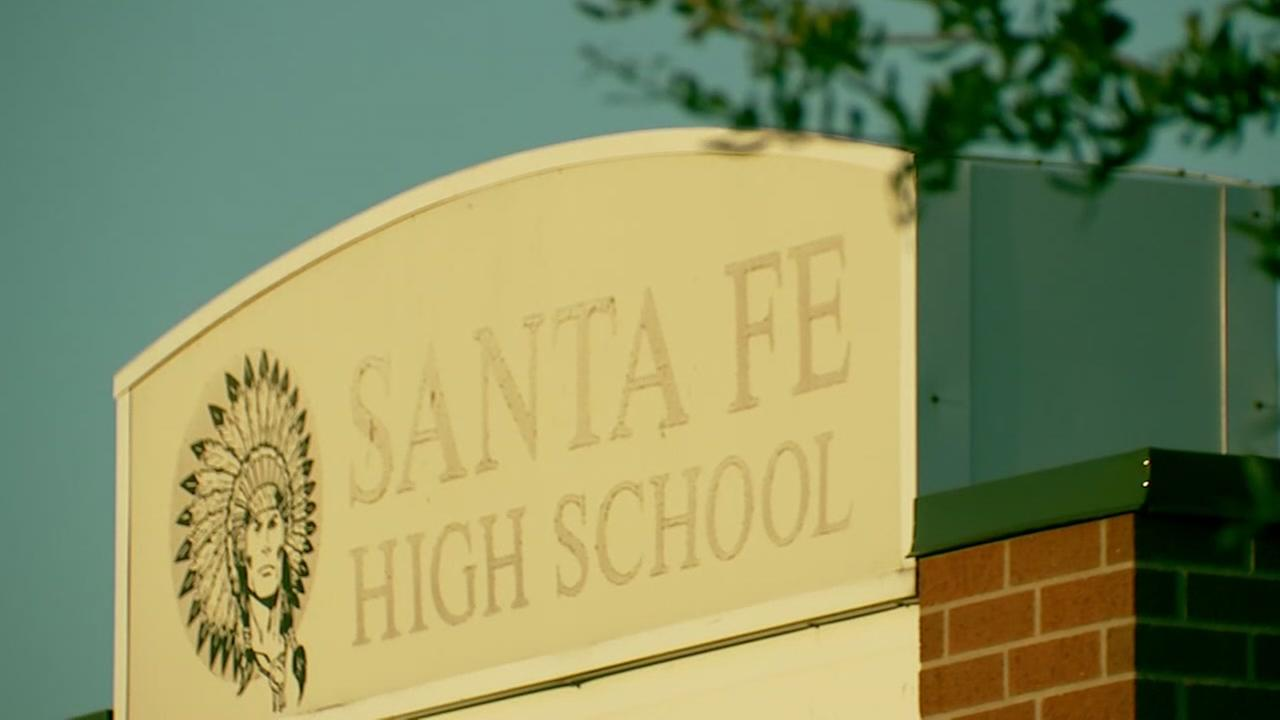 Students prepare to return to Santa Fe High School