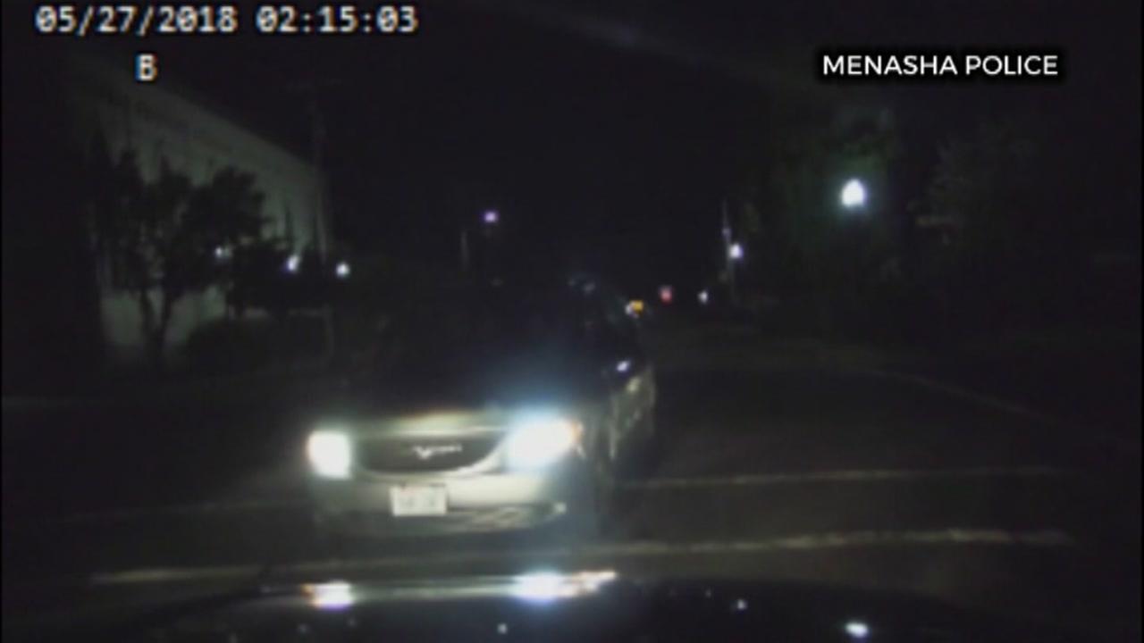 Alleged drunk driver blames officer in head-on crash