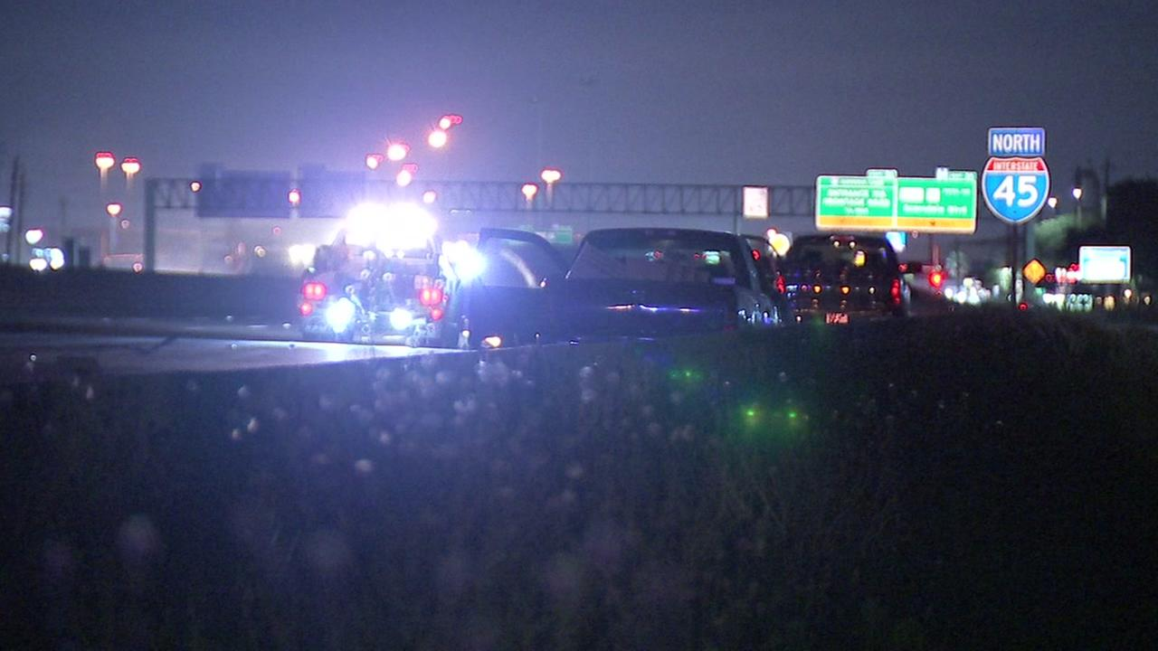 Man hit and killed on Gulf Fwy