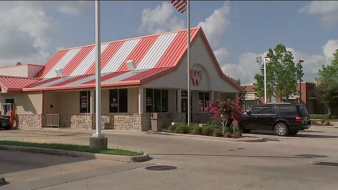 Whataburger manager accused of turning away armed officer