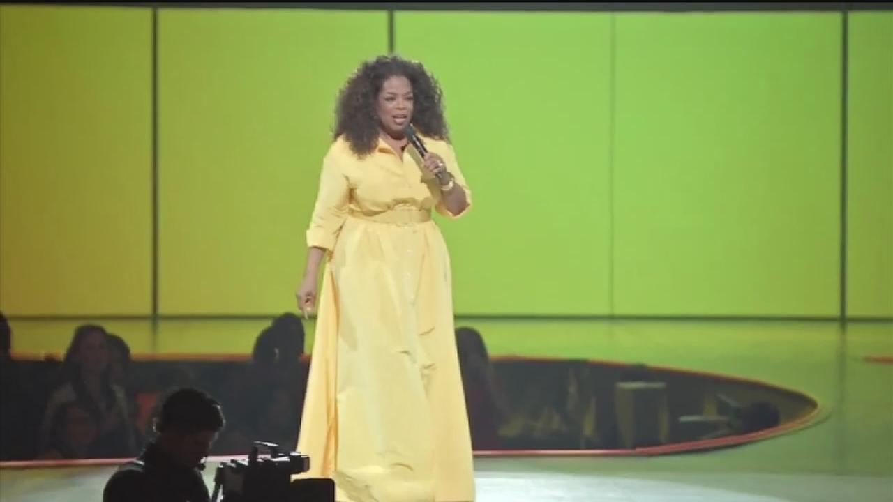 Oprah reveals secrets of success to Houston crowd