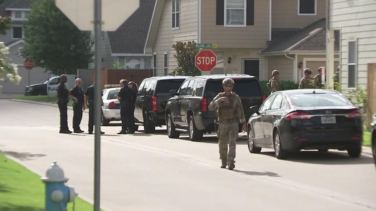 SWAT standoff ends in NW Houston