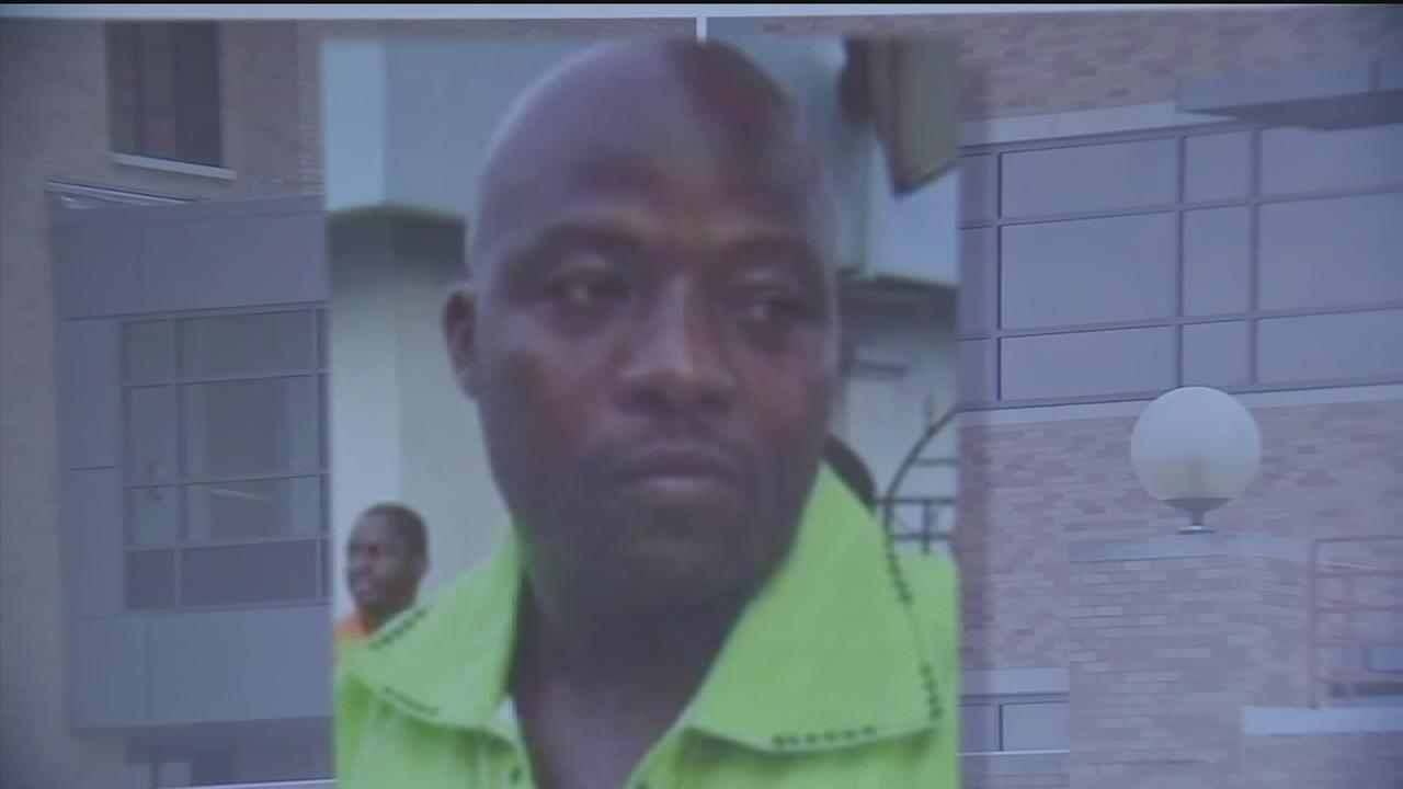 Family of Ebola patient to end isolation