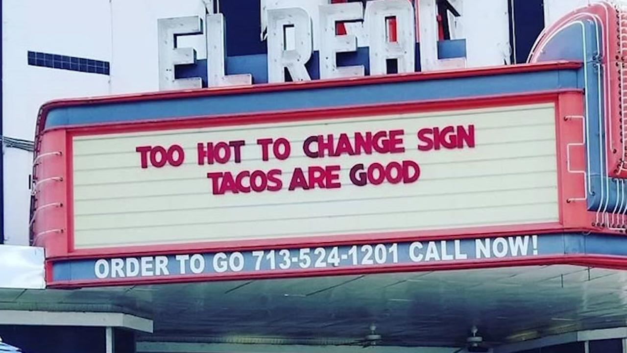 El Reals funny sign about Houston heat