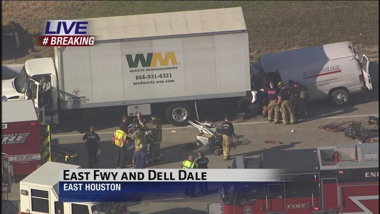 Major wreck shuts down East Freeway