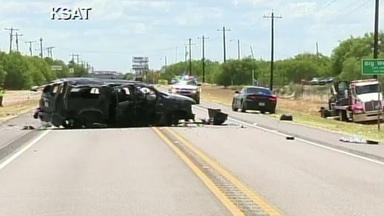High speed pursuit in South Texas ends with crash, killing 5 undocumented immigrants