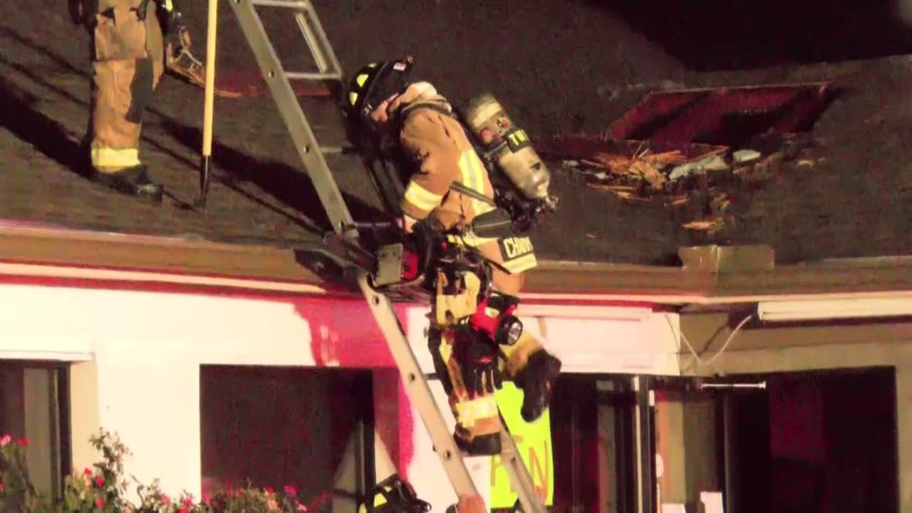 Diners escape injury after fire erupts at Houston taqueria