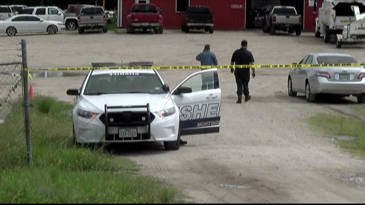 Woman finds body floating in bond behind Conroe business
