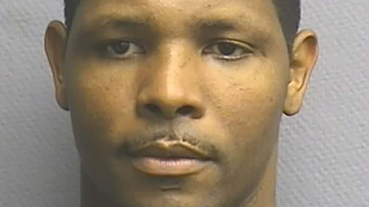 Man charged with giving girlfriend HIV