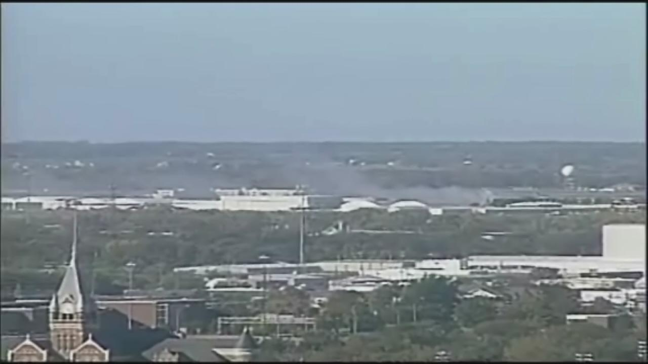Plane crashes at Wichita Airport