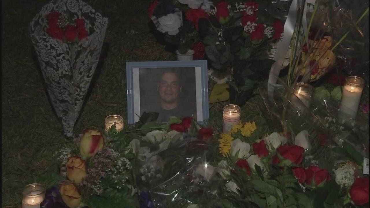 Vigil held for deputy