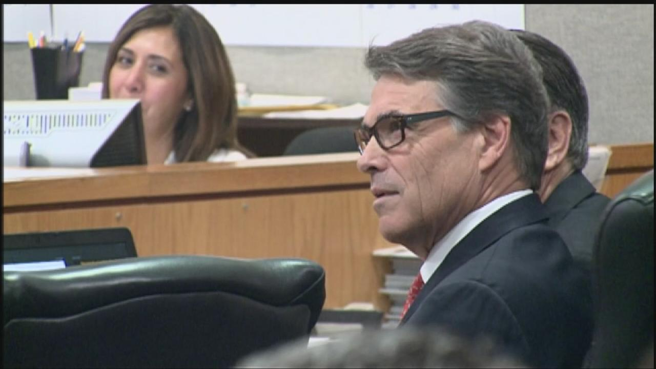 Indicted Texas Gov. Rick Perry appears in court