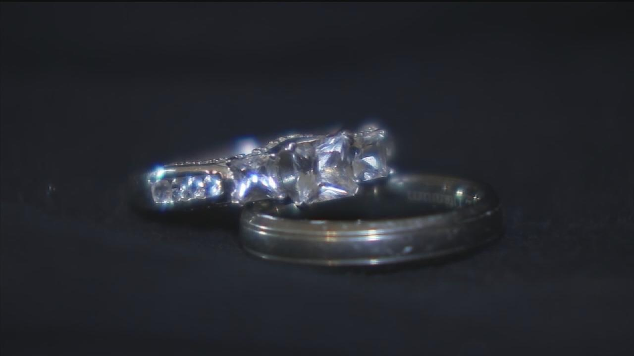Zales finds womans lost ring day after ABC-13 report