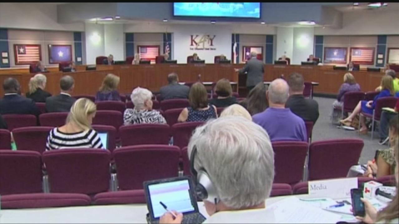Katy ISD auction raises some eyebrows