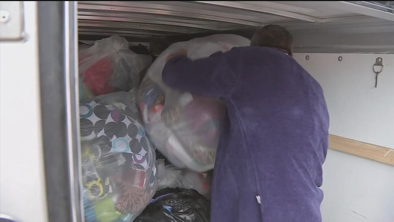 Houstonians good deeds spread holiday cheers