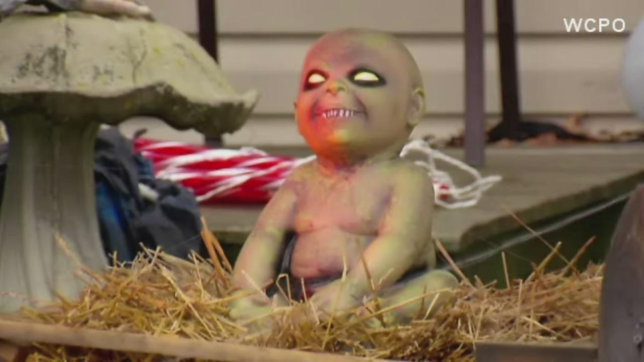 Man ordered to take down zombie nativity scene