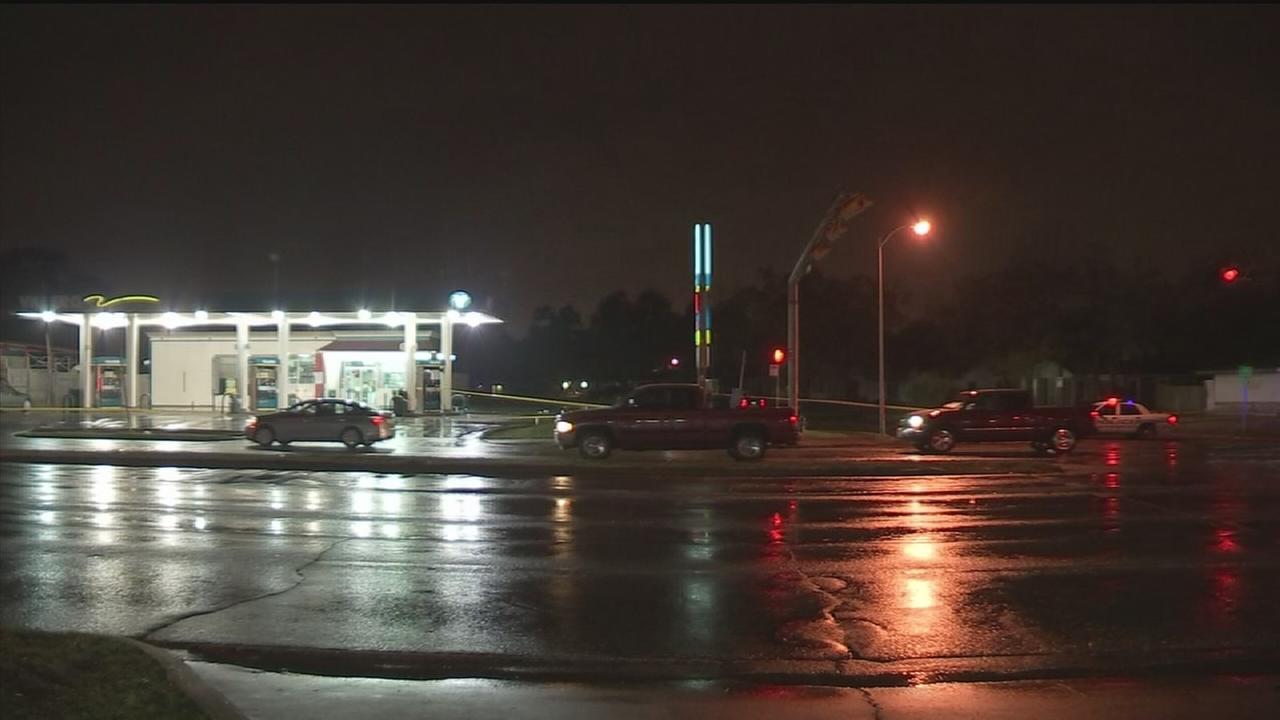 Man found dead in SE Houston