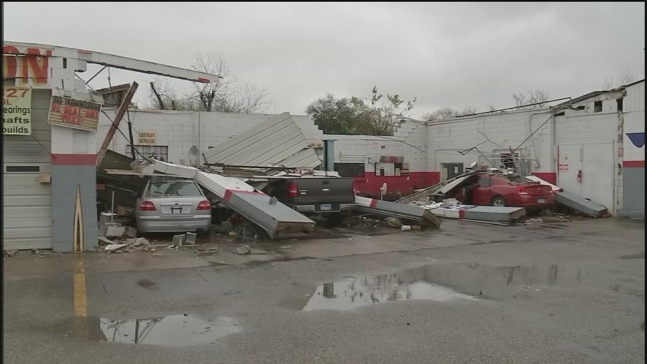 Auto shop damaged by strong winds
