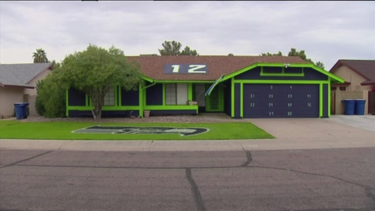 Seahawks fan decks out house