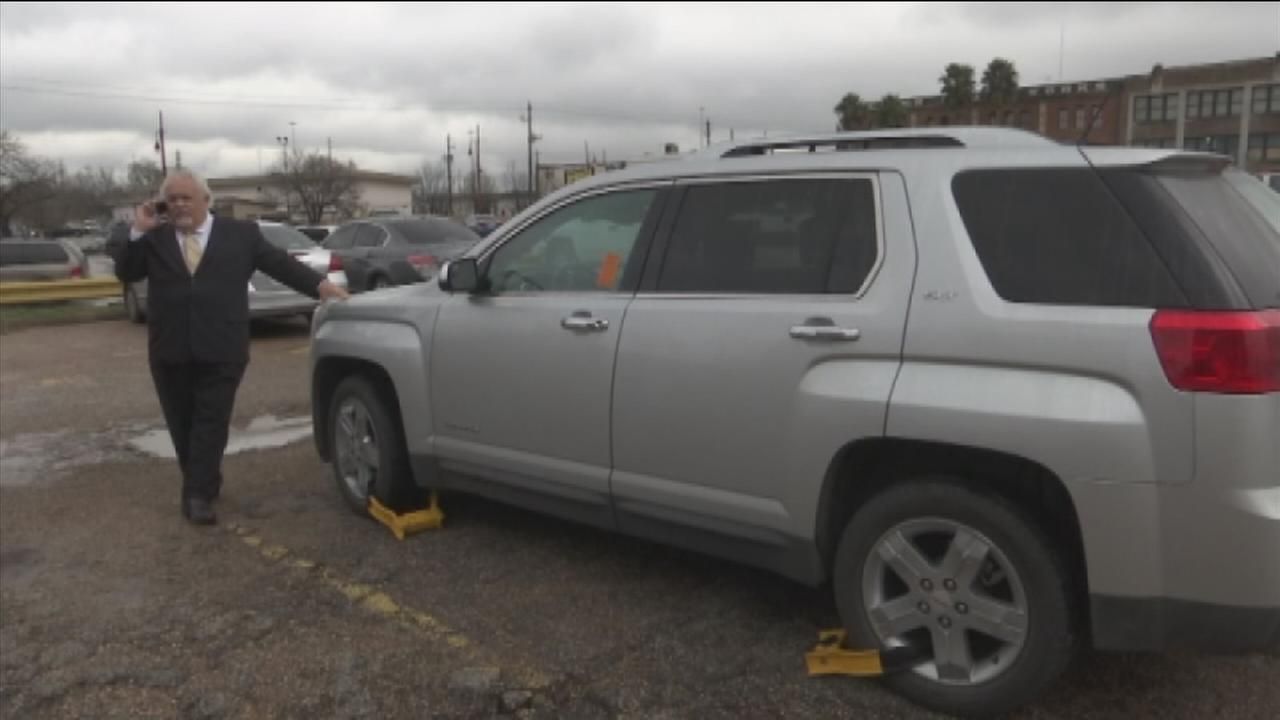 Downtown parking scam forces victims to pay up