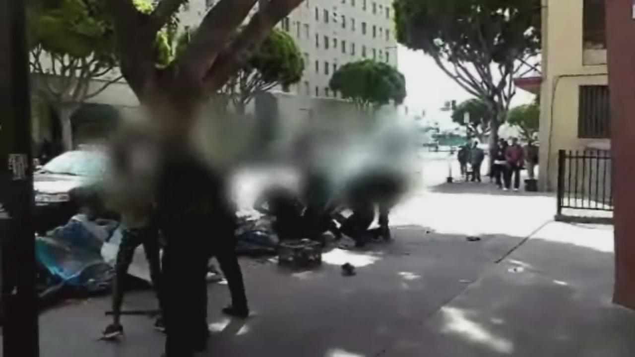 RAW VIDEO: LAPD officers shoot, kill man on Skid Row