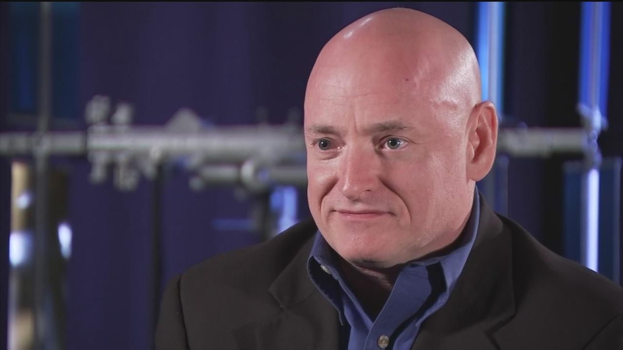 Scott Kelly gets ready for year in space