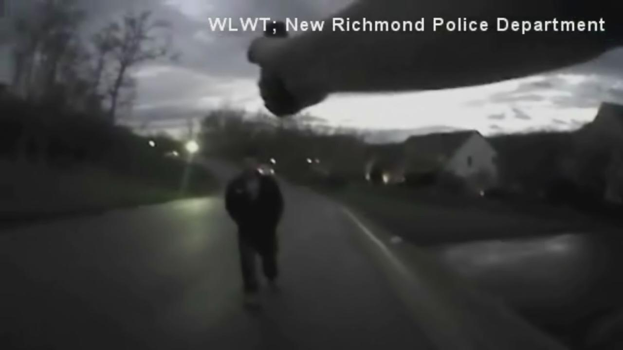 Ohio officer praised for restraint