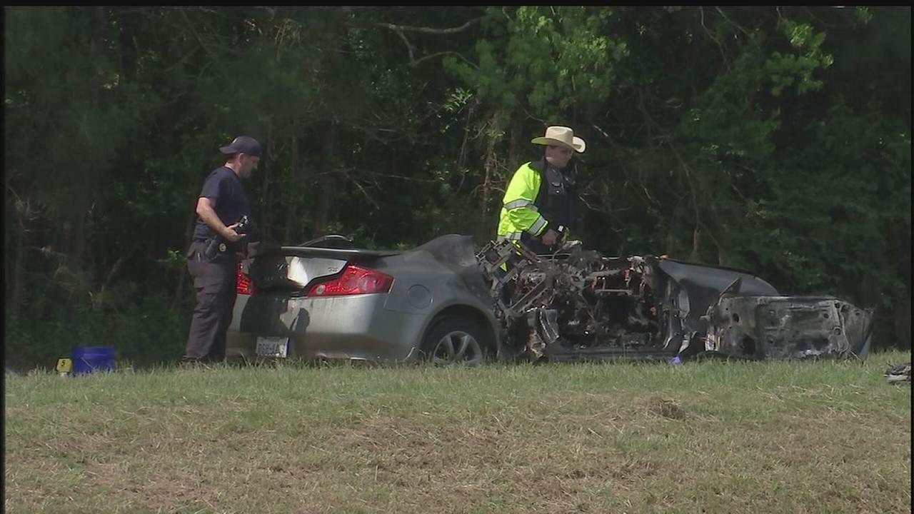 Body found in burned car