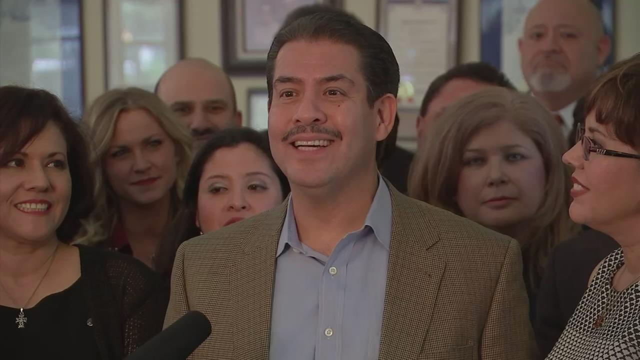 Sheriff Adrian Garcia announces mayoral intentions