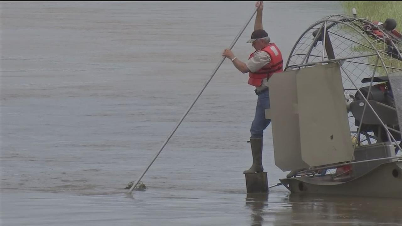 Search continues for missing flood victims